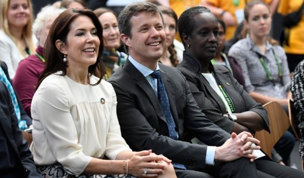 Crown Prince Frederik, Crown Princess Mary and Dutch Queen Maxima arrived for Women Deliver Global Conference at the Bella Center. Princess Mary wore Joseph skirt