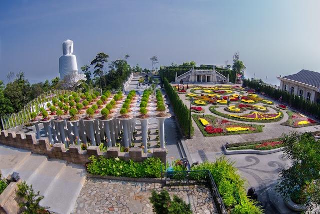Tour Bà Nà 1 ngày - Green Tour với lịch trình và chất lượng dịch vụ tốt nhất Dinh-ba-na