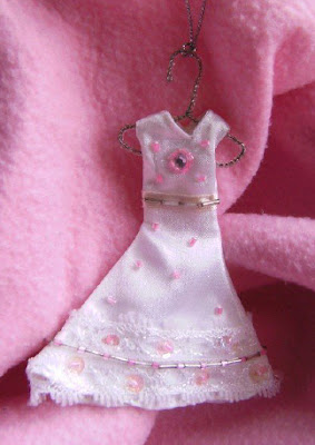 Princess Dress Ornament 1