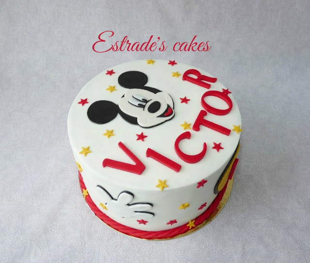 Tarta de Mickey Mousse para cumpleaños 5