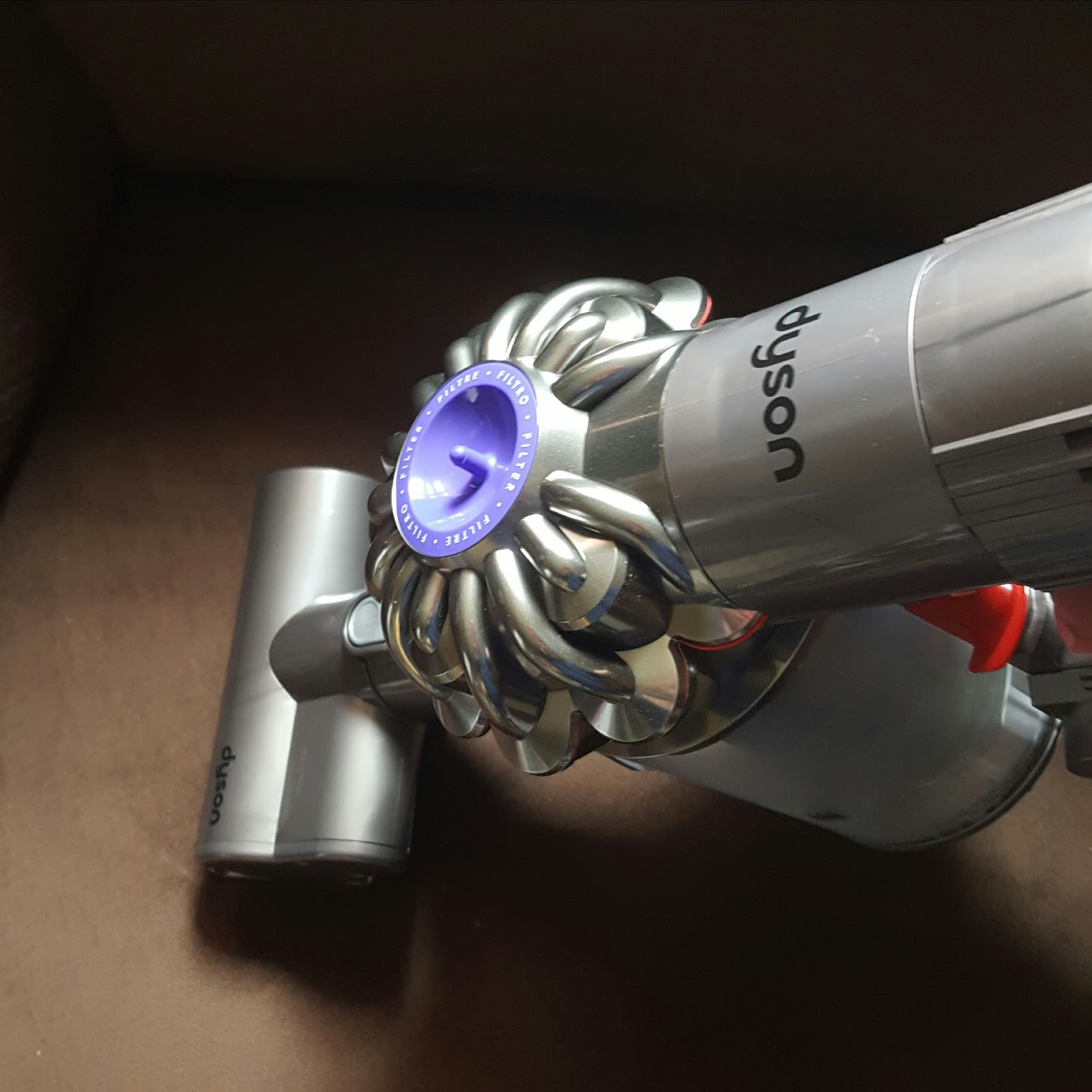 My Review Dyson V6 Animal Multi Surface Vacuum Views
