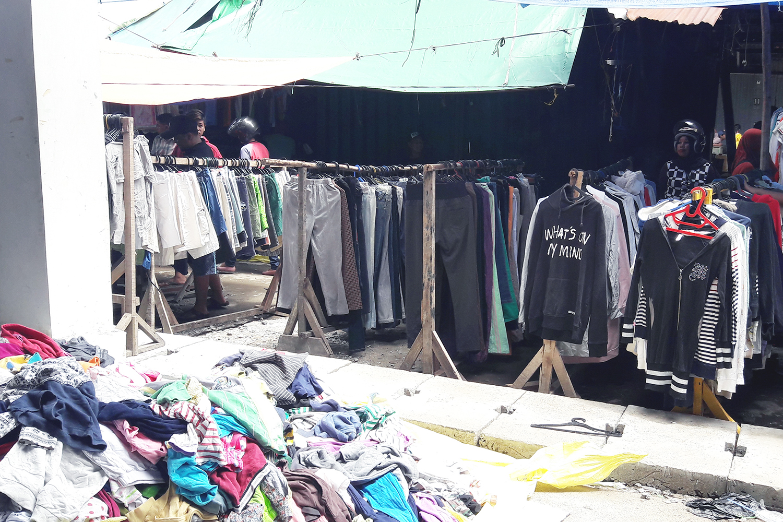 Thrifting Pasar Tengah Pontianak | www.bigdreamerblog.com