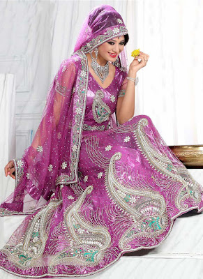 Indian-bridal-lehenga-choli-2017-embroidered-designs-for-brides-9