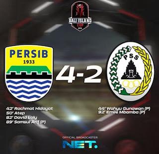 Persib Bandung vs PSS Sleman 4-2