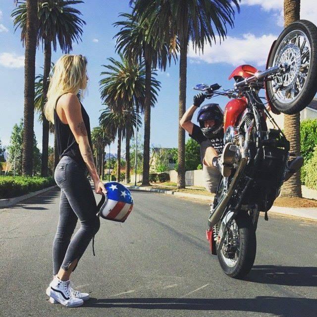 Harley Stunts