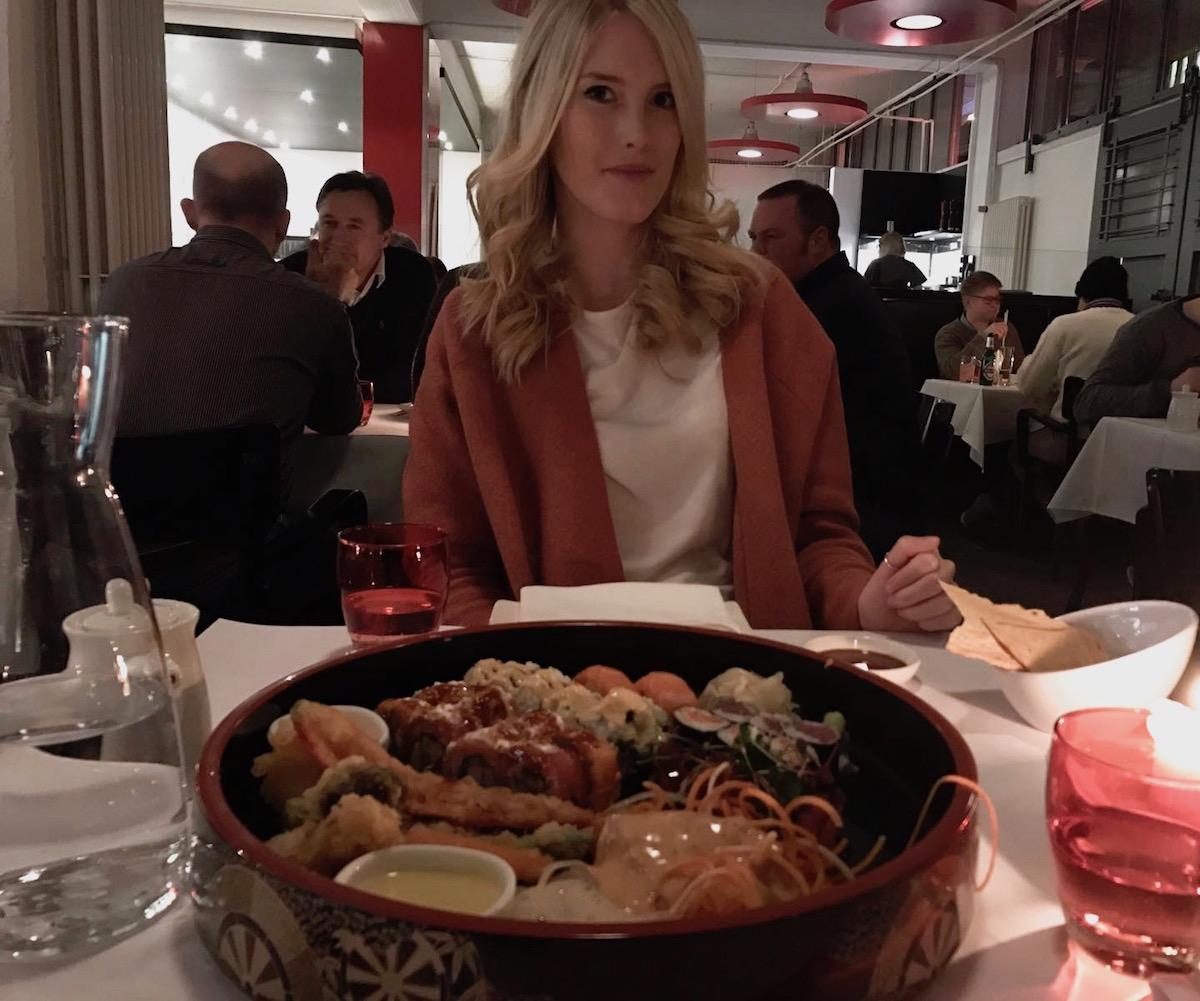Hamburg Traveldiary: Tipps zu tollen Restaurants Sushi Henssler und Henssler und Must See's auf http://www.theblondelion.com/2017/02/hamburg-traveldiary-restaurants-spaziergaenge.html