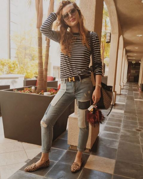 Bella Thorne wearing Maumero flats