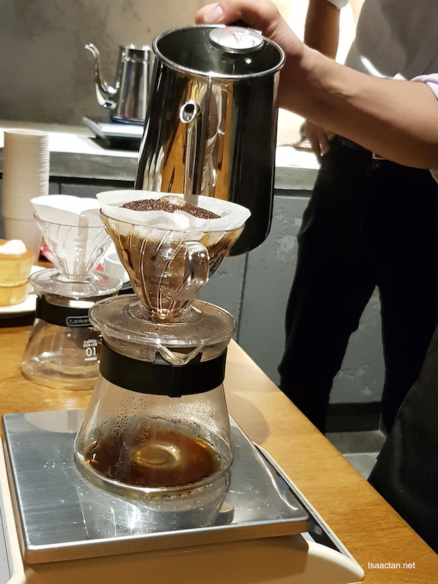 Hoshino Blend Coffee (Hand Drip Coffee) - RM12.90