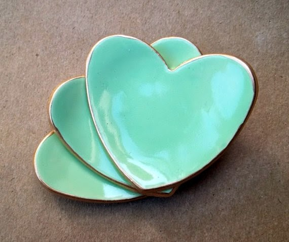 https://www.etsy.com/listing/169417677/three-itty-bitty-mint-heart-ring-dish?ref=favs_view_1
