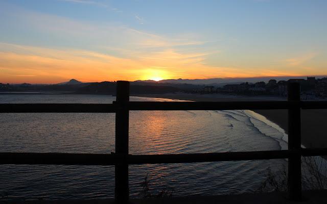 Playa de la Concha al amanecer