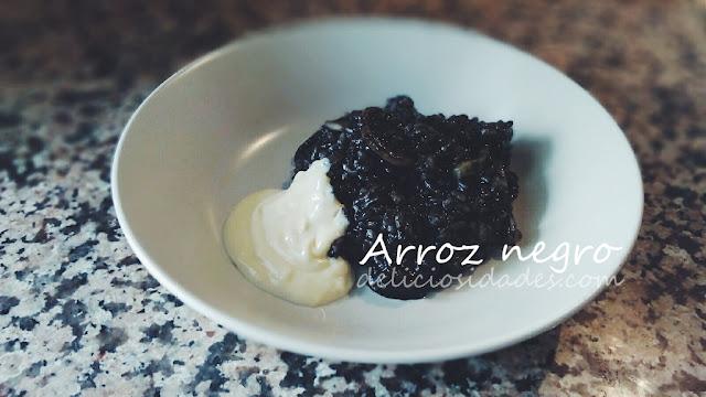 deliciosidades - arroz negro con alioli