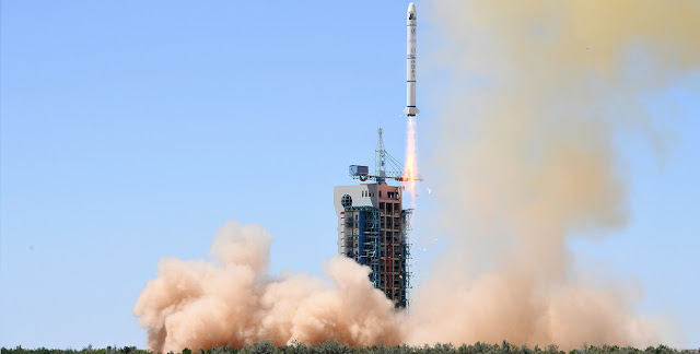 Long March 2C launch on July 9, 2018. Credit: Xinhua