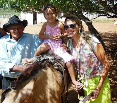 """O"""" vaqueiro do amor"""", senhor Olímpio Lopes está completando 96 ..."""