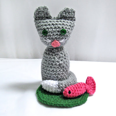 https://www.etsy.com/listing/228062539/crochet-pattern-cat-amigurumi-pattern