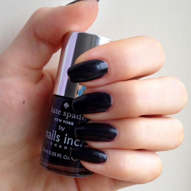 nails-inc-kate-spade-new-york-noir-nails-swatch