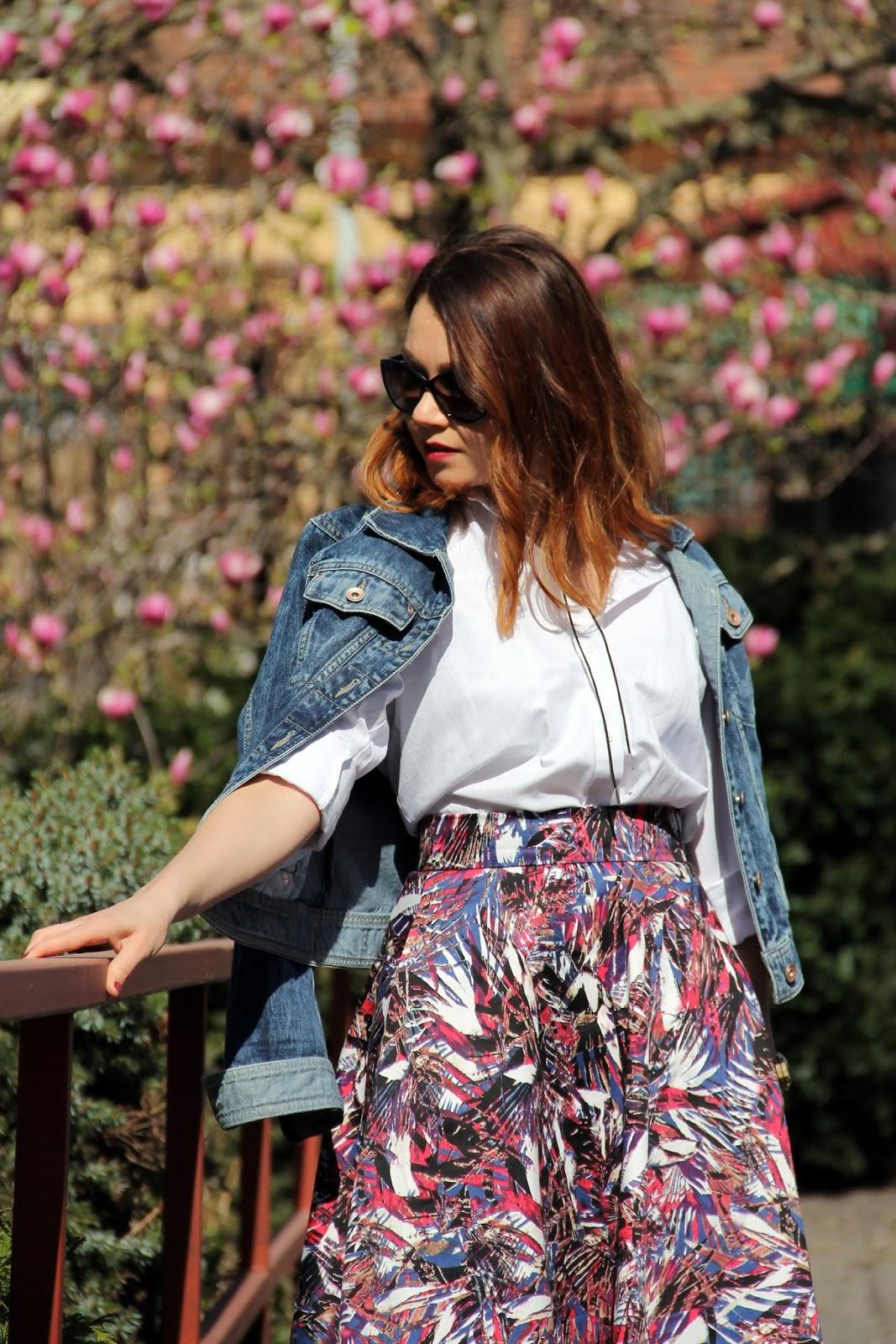 f0f86696015b Príjemný materiál a moja vášeň k sukniam spôsobila to