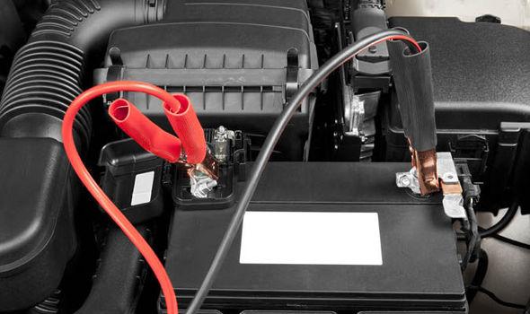 comment faire démarrer une batterie de voiture