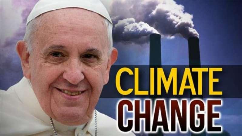 «Σκύλιασαν»! Επιστρατεύουν και πάλι τον Πάπα για την κλιματική αλλαγή