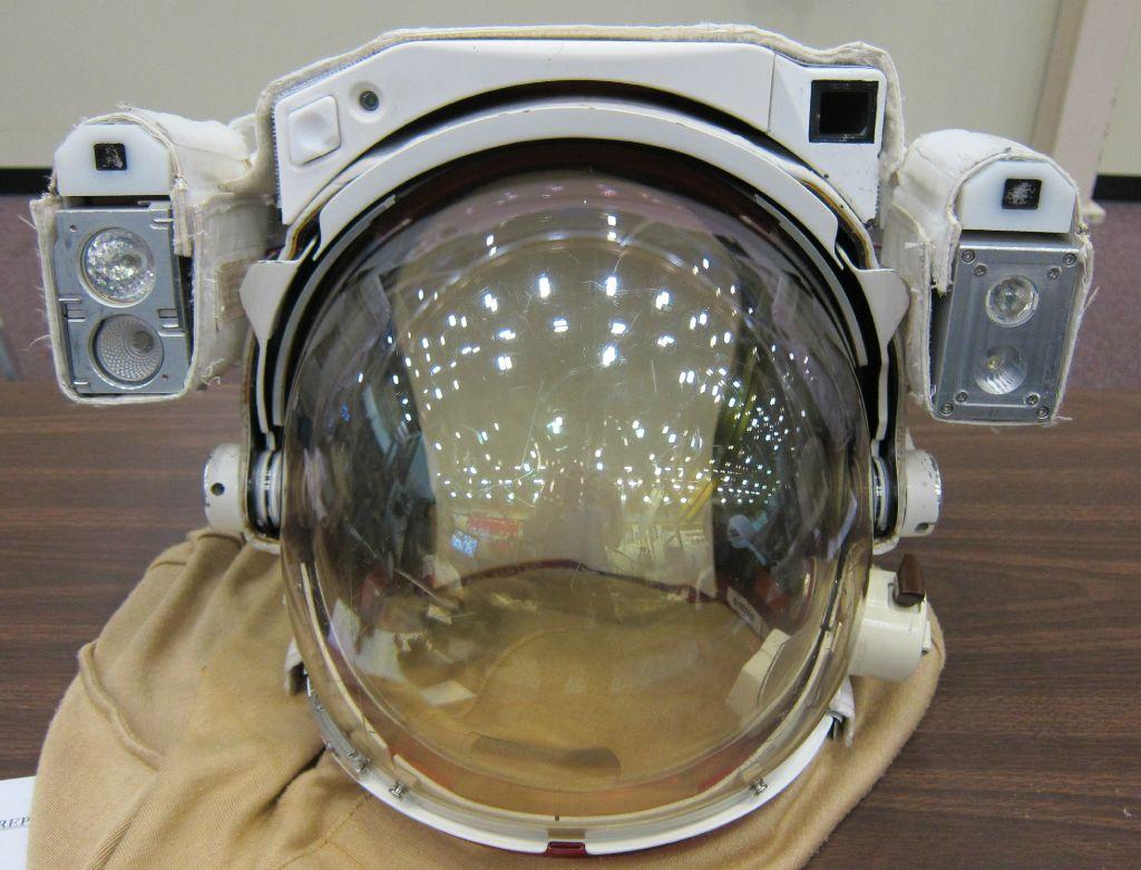 apollo bubble helmet - photo #33
