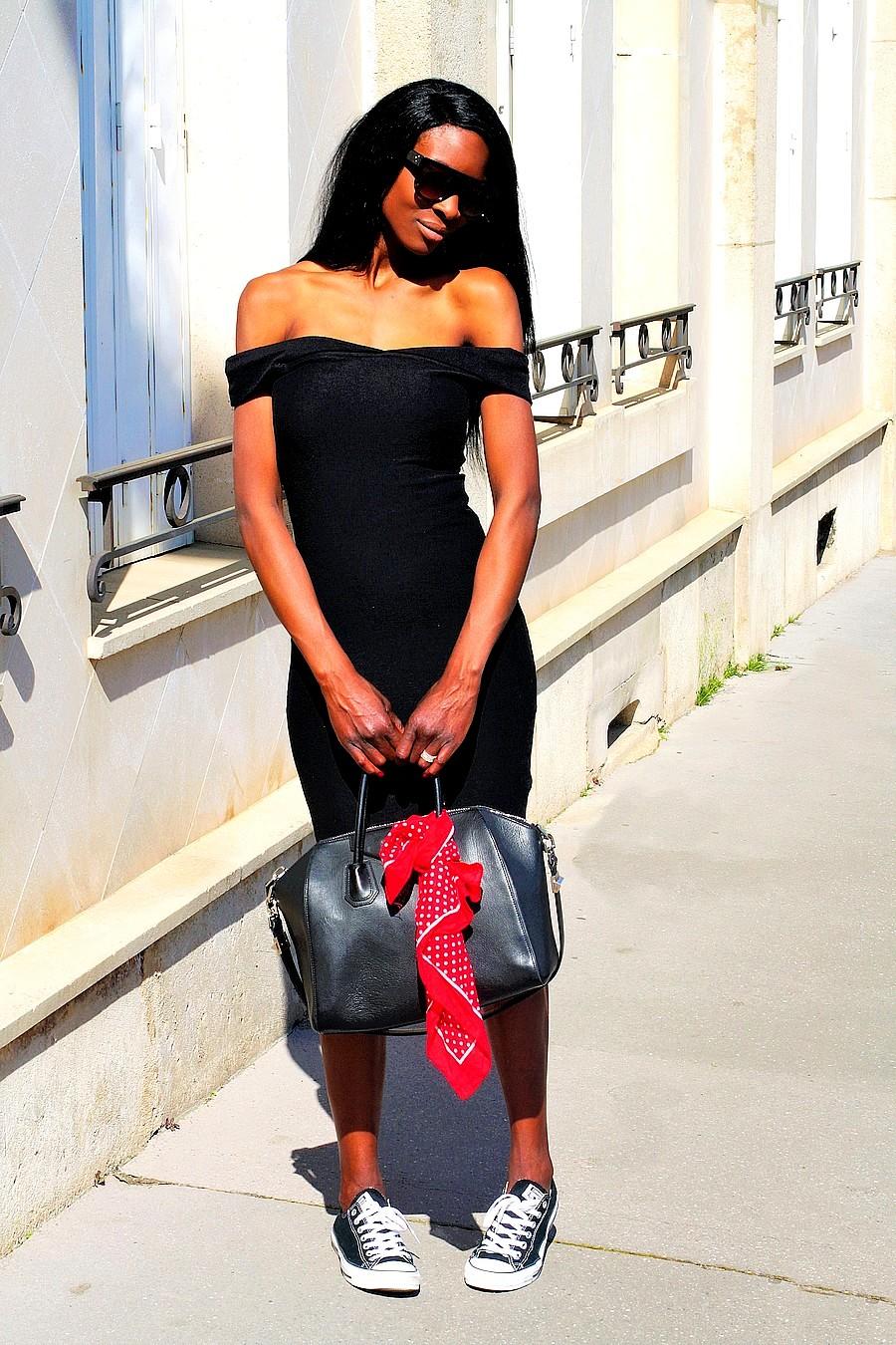 idee-look-avec-robe-noire-blog-mode