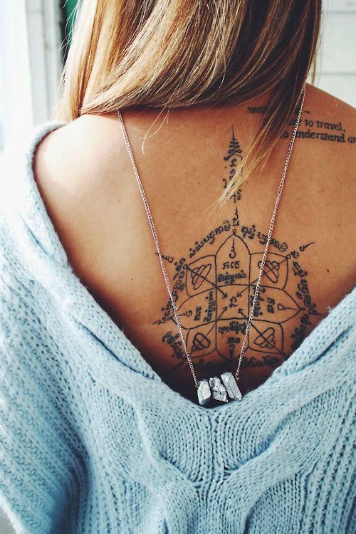 tatuajes para mujeres en la espalda de amor