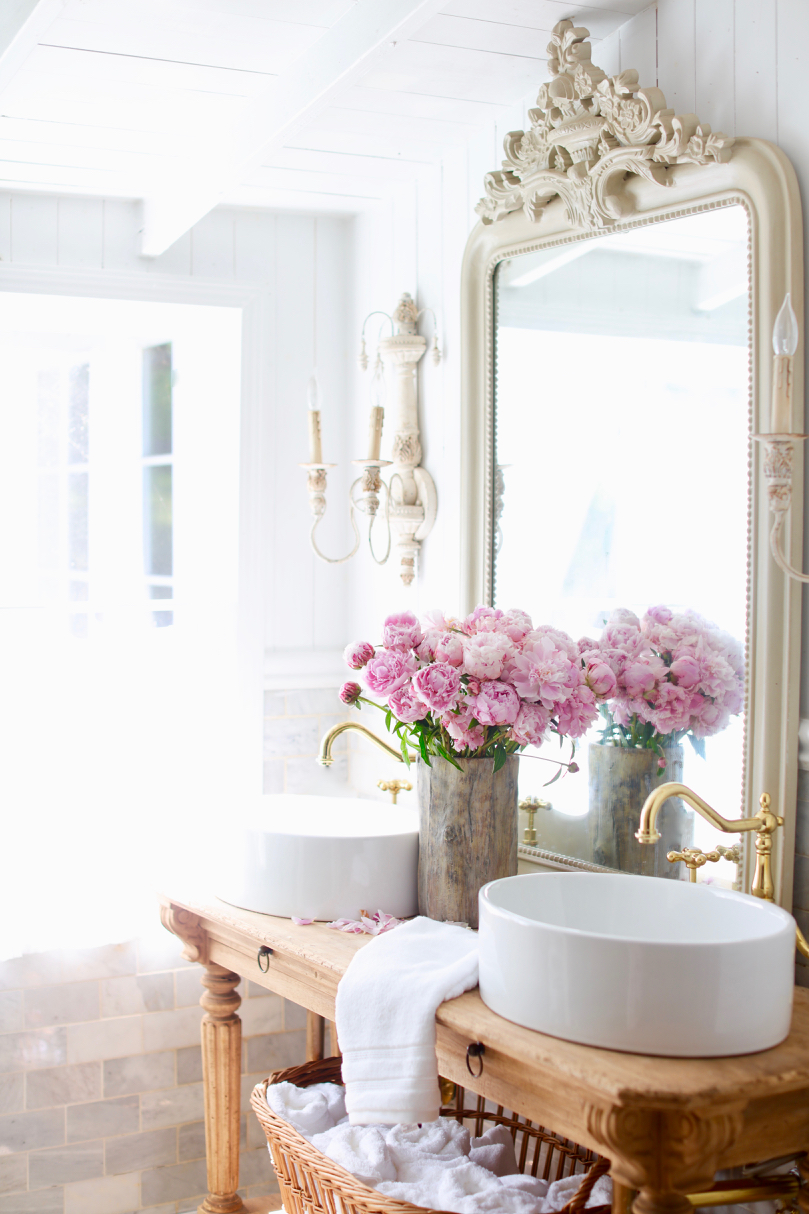 Simple Summer Bathroom Refresh French Country Cottage