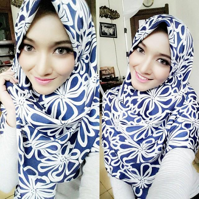 Wanita Cantik Jilbab - Jilbab Modis