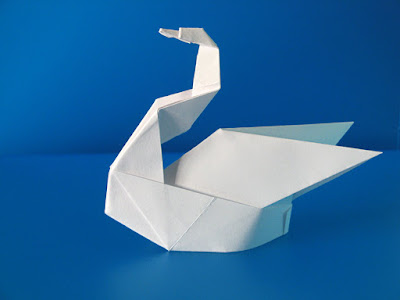 Origami: Cigno Esse - Swan Esse by Francesco Guarnieri