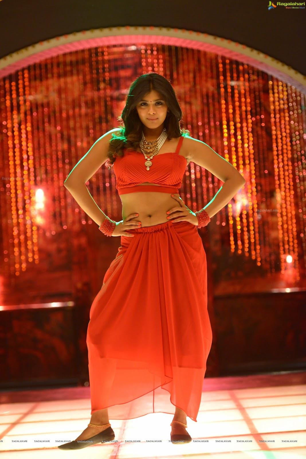 Hebah Patel Navel