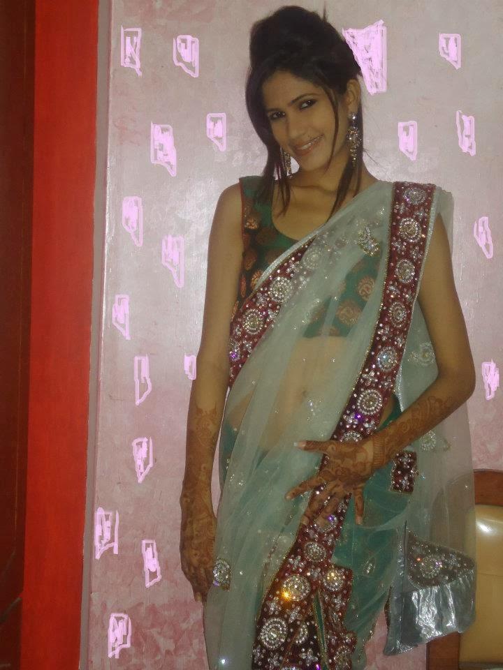 Indian Desi Aunty Photos  Hot Aunties Photos Hot Aunty -2044