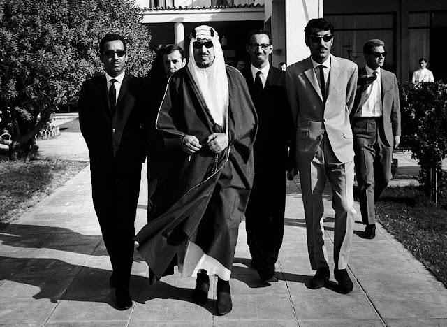 Όταν ο πάμπλουτος Σαουδάραβας βασιλιάς Ιμπν Σαούντ ήρθε στο Ναύπλιο και μοίραζε ρολόγια