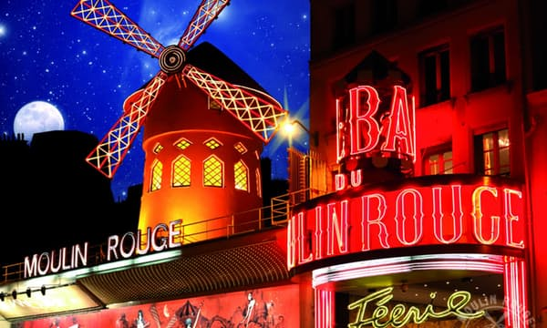 Voir le Moulin Rouge : Spectacle avec diner en option