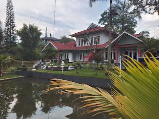 kolam hotel