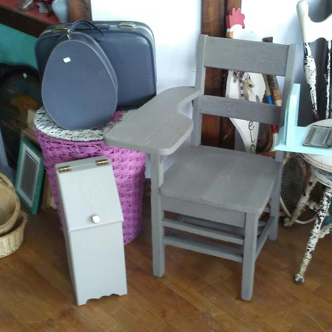 Frugal Fortune Gray And White Furniture And Home Decor
