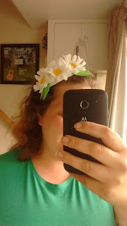 PippaD wearing the Daisy Headband from Hobbycraft