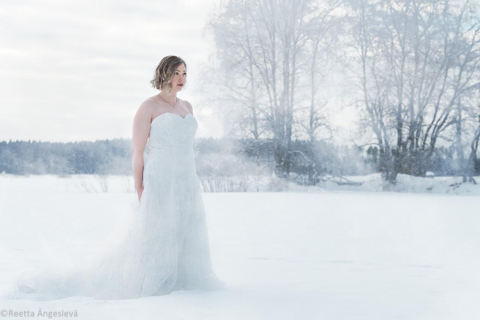 Kuvaukset The The Dress LuomallaGlam LuomallaGlam c1T3uFKJl