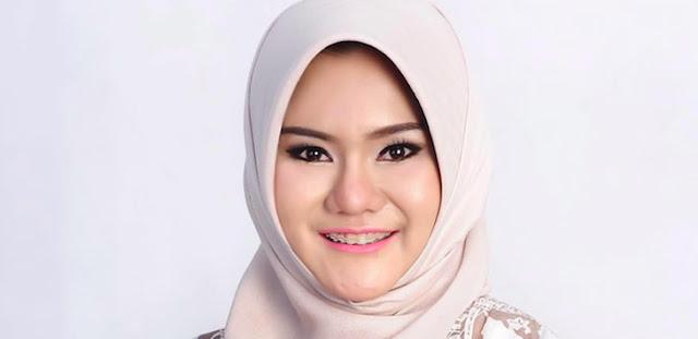 Bupati Cantik Datangi Tempat Guru Dikeroyok Siswa, Batal Temui Jokowi