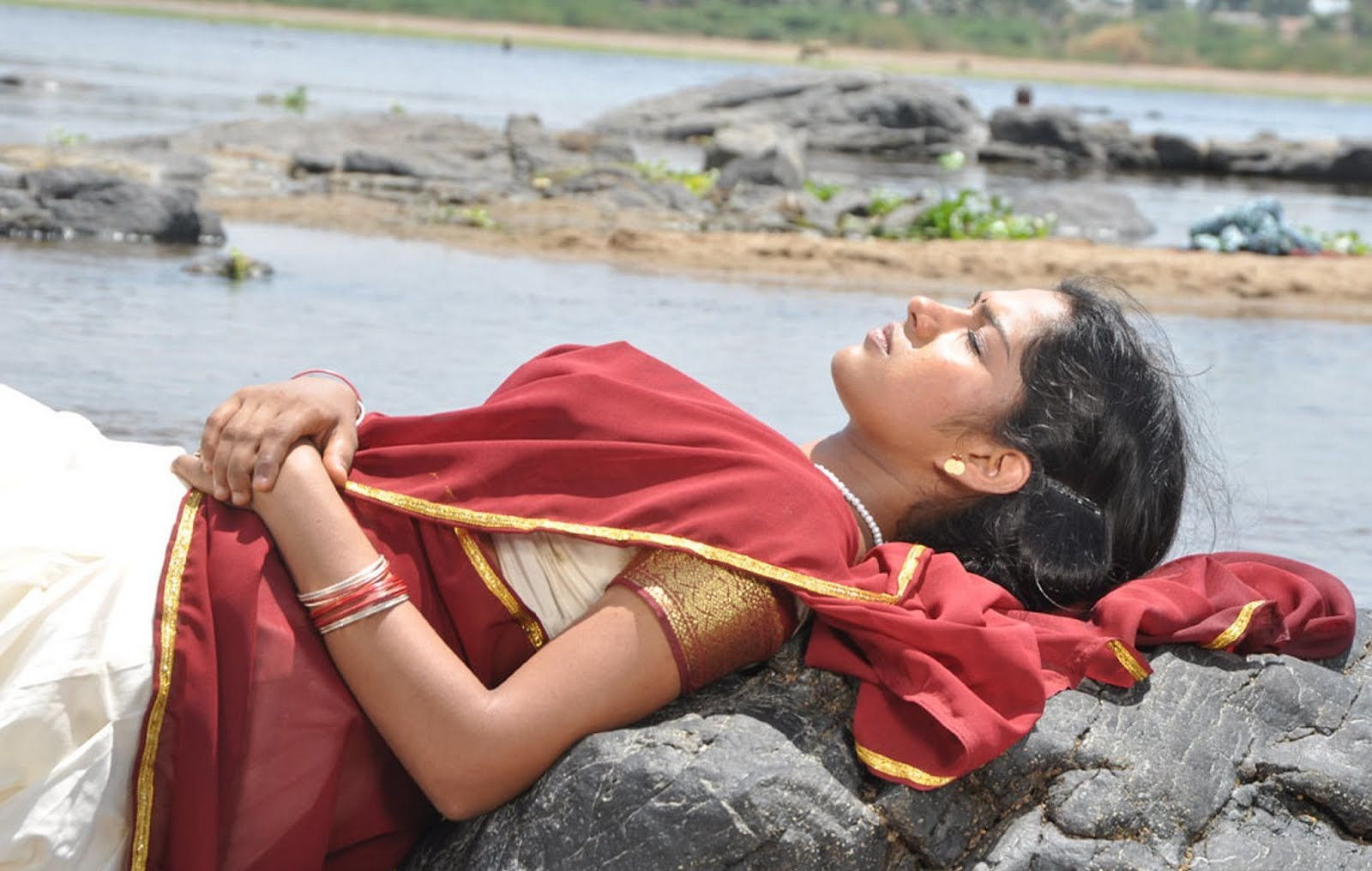 MY COUNTRY ACTRESS: B-Grade Actresses In Tamil Movie Sokkali