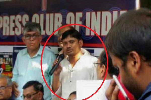 why-kanhiaya-kumar-seen-in-press-club-with-journalists-gauri-lankesh