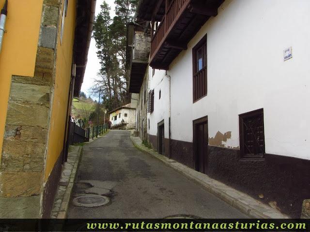 Calle del Cascarín en Cangas del Narcea