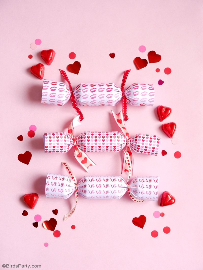 DIY Crackers de Fête pour la Saint-Valentin - projet créatif, facile avec des printables et rapide pour donner en guise de cadeaux ou décor de table! by BirdsParty.fr @birdsparty #diy #saintvaletin #ideescadeaux #crackers #ideesfete