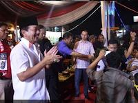 Wali Kota Herman HN Nobar Final Timnas U-22 di Tugu Adipura