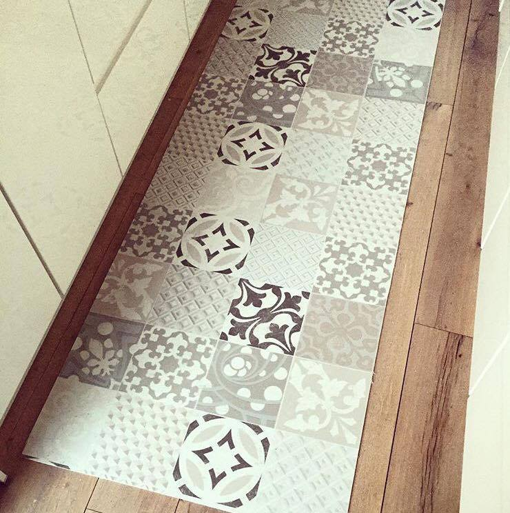Les carreaux de ciment lagrandetendance for Tapis de cuisine en vinyl