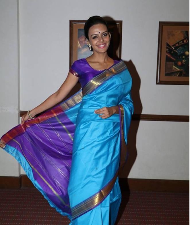 Bidita Bag, Nawazuddin Siddiqui Pictures for Promotion of 'Babumoshai Bandookbaaz'