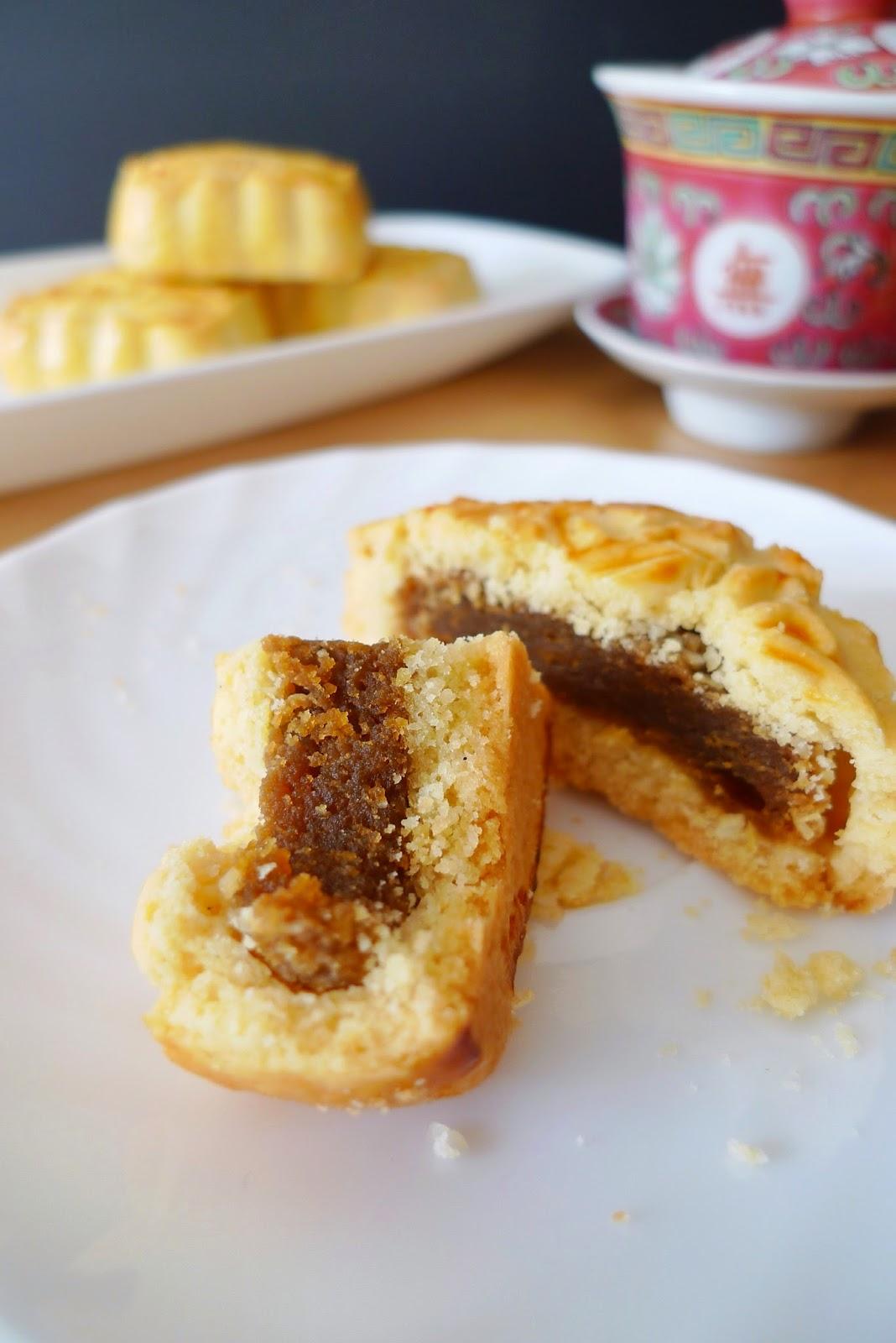 Custard Mooncakes