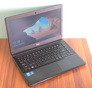 Acer Travelmate P245-M Laptop Bekas