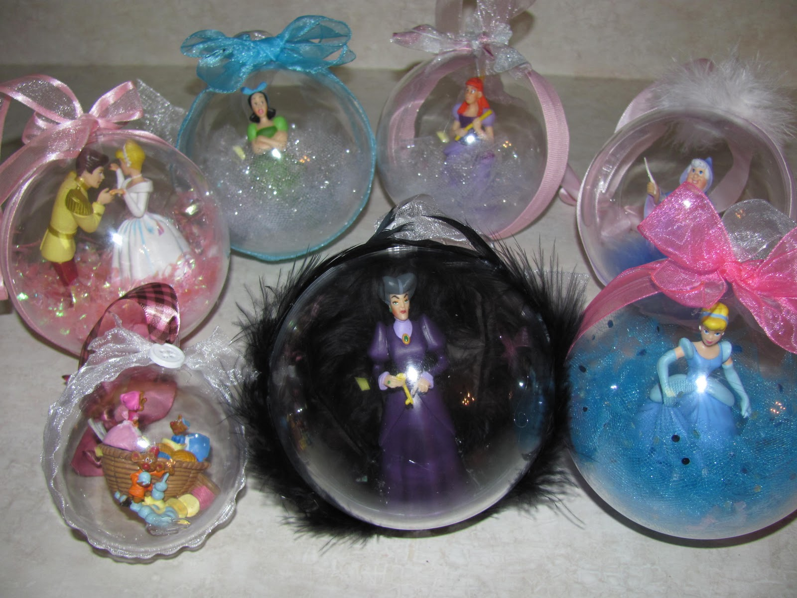 20 DIY Disney Ornaments