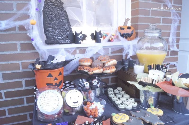 Mesa dulce para Halloween by Habitan2 | Decoración handmade para hogar y eventos | Candy bar de Halloween, trucos sencillos y terroríficos