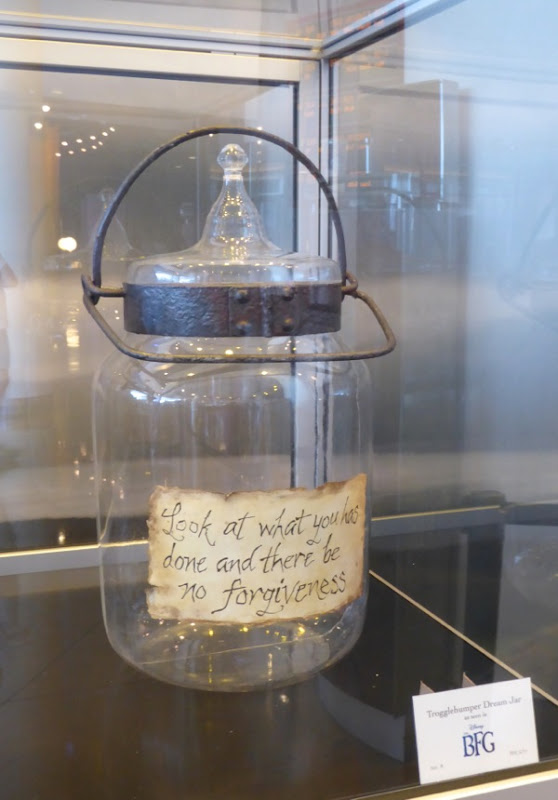 The BFG Trogglehumper Dream Jar prop
