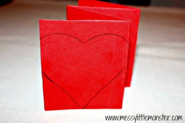 'Guess How Much I Love You' kids Craft activity. A Zig Zag Heart Book for preschoolers and older kids to make for Mother's day, Father's Day or Valentine's day.